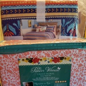 Pioneer woman king county girl quilt/calico sheets